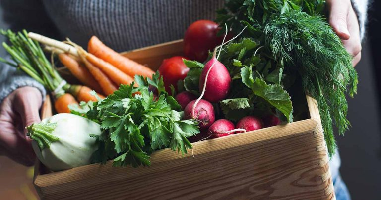 Ovarian Cancer Diet: Grocery Shopping for Those With Ovarian